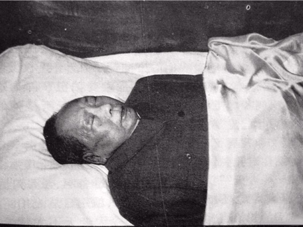 毛泽东遗体保存内幕 警卫队长贴身守灵一年见闻