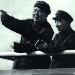 林彪悲剧体制和个人因素
