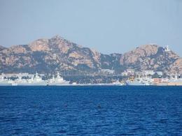 遼寧艦編隊走出第一島鏈