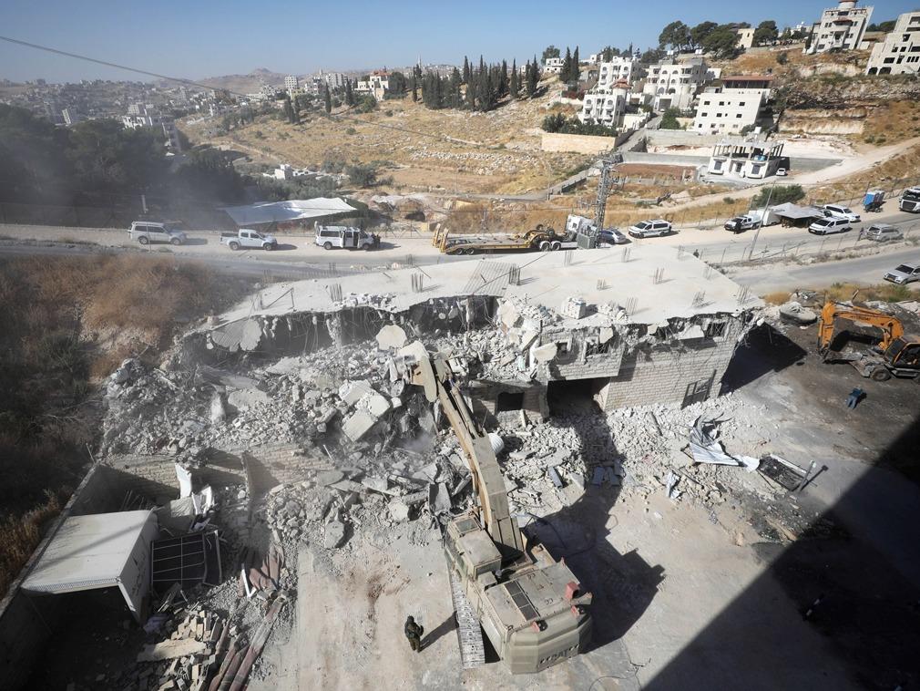 以色列部队强拆巴勒斯坦民宅 凌晨武力疏散居民[图集]